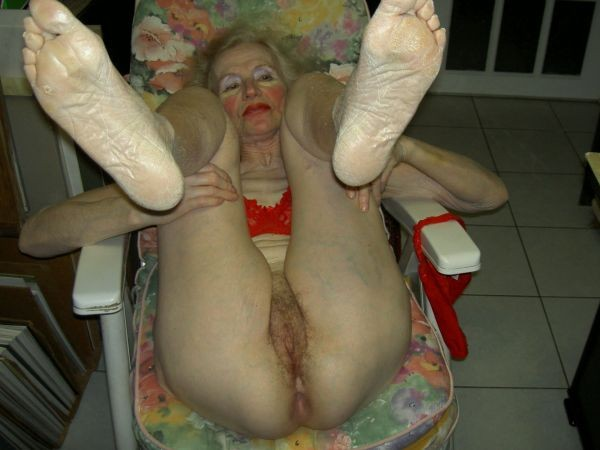 Son vagin accepte de gros calibres 2